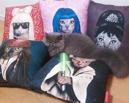 7)ヱビスちゃん&猫クッション