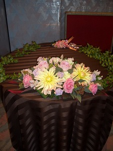 ケーキ台装花