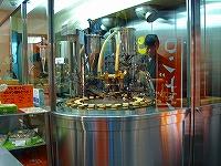 饅頭自動焼きマシーン