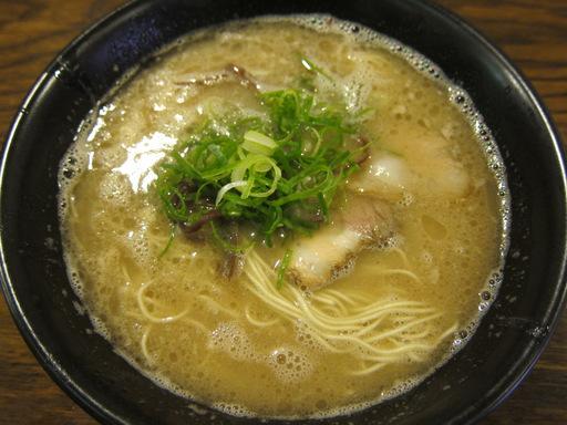 麺龍堂(博多とんこつ)