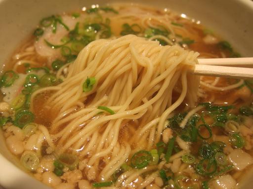 月月亭(麺)