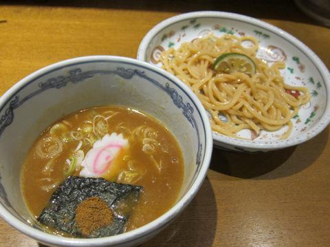 六三六(つけ麺)