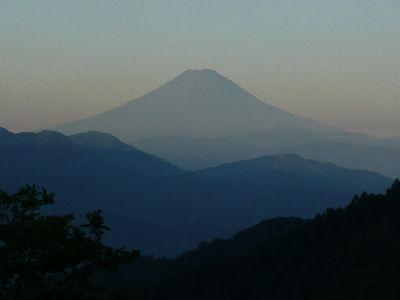 7月朝の富士山