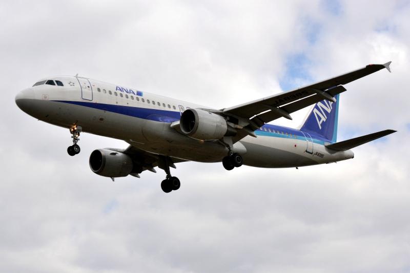 itm1_A320-200.jpg