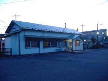 20110406fukuraeki.jpg