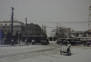 1928年の北浜交差点