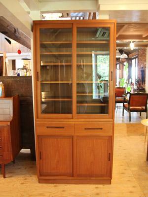 20111001チーク食器棚
