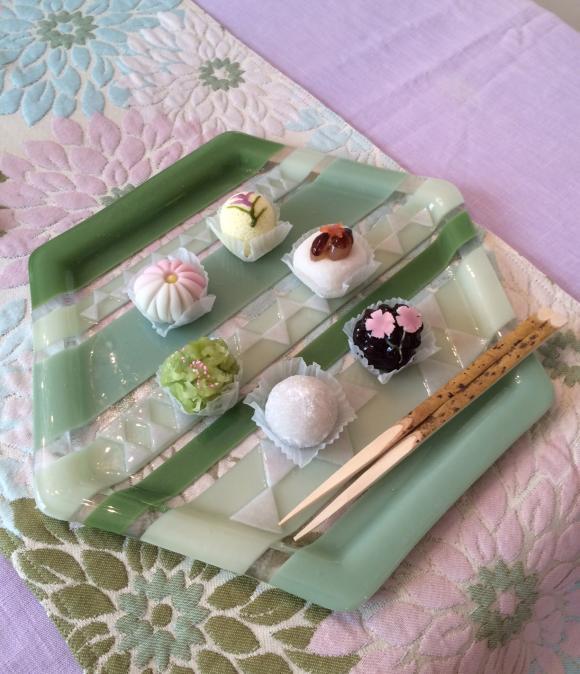 テーブルでの菓子器(横)_convert_20140929231707