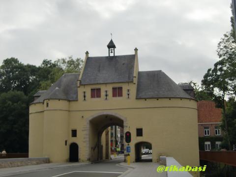 4鍛冶屋の門
