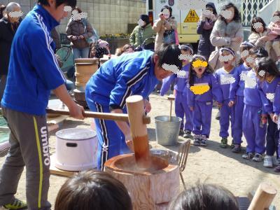 お餅つき大会2013③