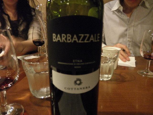 4番目赤ワイン エトナ