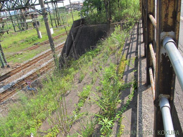 東小倉駅階段