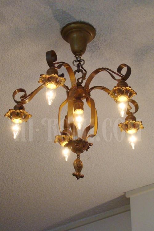 オールドアメリカン コロニアルシャンデリア アンティーク ランプ ライト アイアン 修理 オーバーホール 製作 販売 輸入 店舗設計 Hi-Romi.com(ハイロミドットコム) 神戸 関西