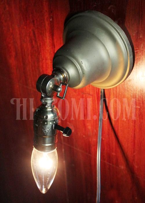 ヴィンテージ、アンティーク、工業系、インダストリアル、ブラケット、ウォールランプ、壁掛けライト、照明、関西、神戸、Hi-Romicom