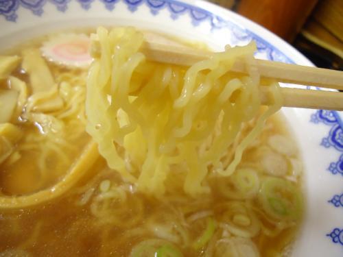 三吉屋 麺アップ