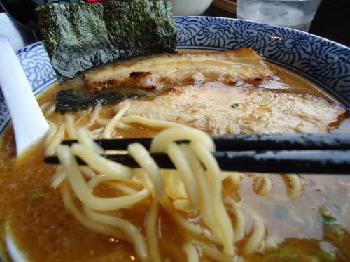 らーめん 中太麺