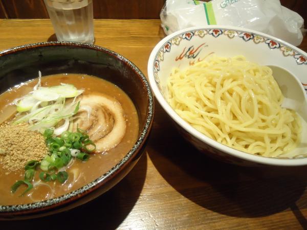 茉莉蔵「味噌つけめん」¥800