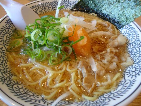 肉そば¥650(税込¥682)