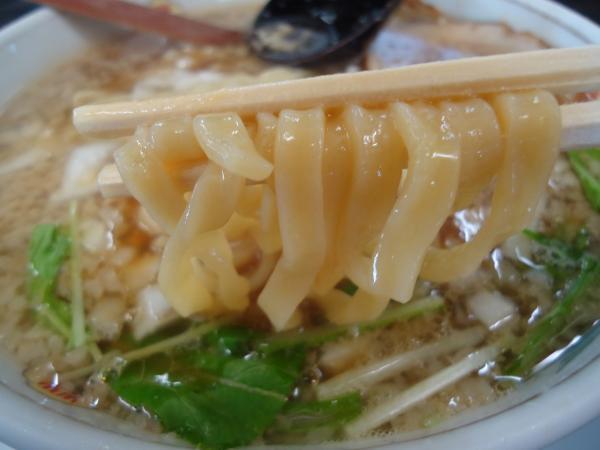 三昇ラーメン 麺アップ