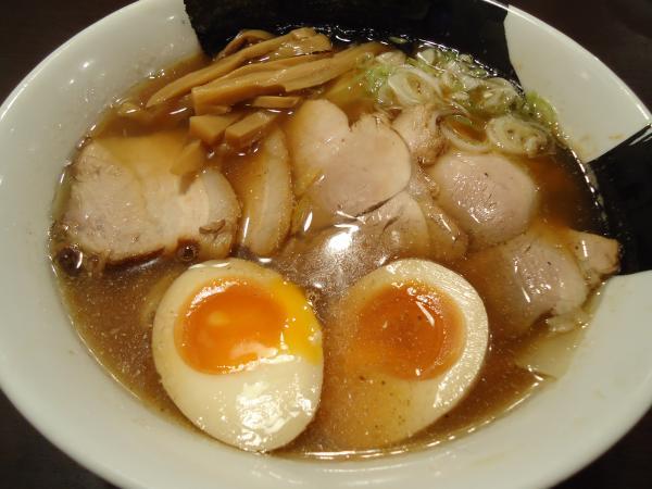 八「特製煮干中華」¥880