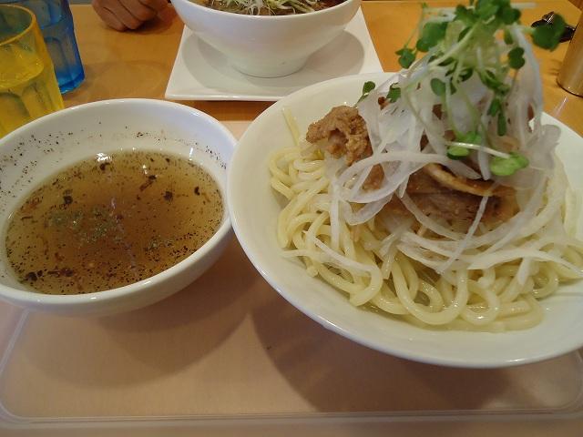 ホワイトつけ麺