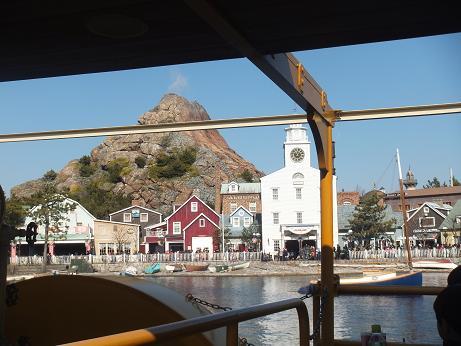 TDS舟から撮った町並み1