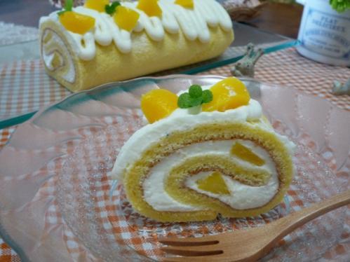 042ロールケーキ