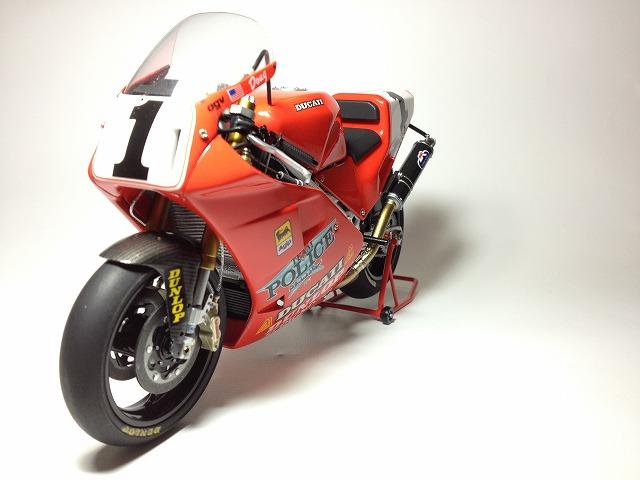 888スーパーバイクレーサー 003DUCATI