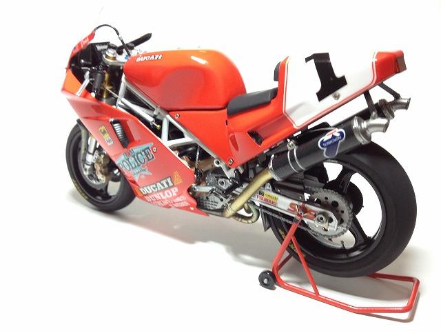 888スーパーバイクレーサー 004DUCATI