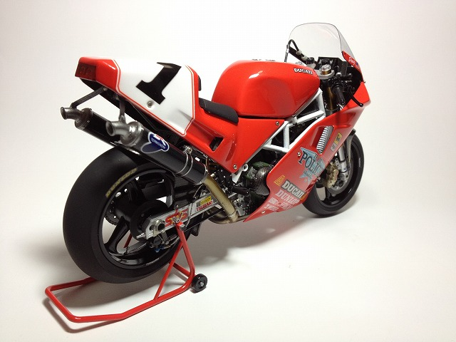 888スーパーバイクレーサー 005DUCATI