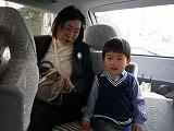 130330_宮参り車中ママと (2)