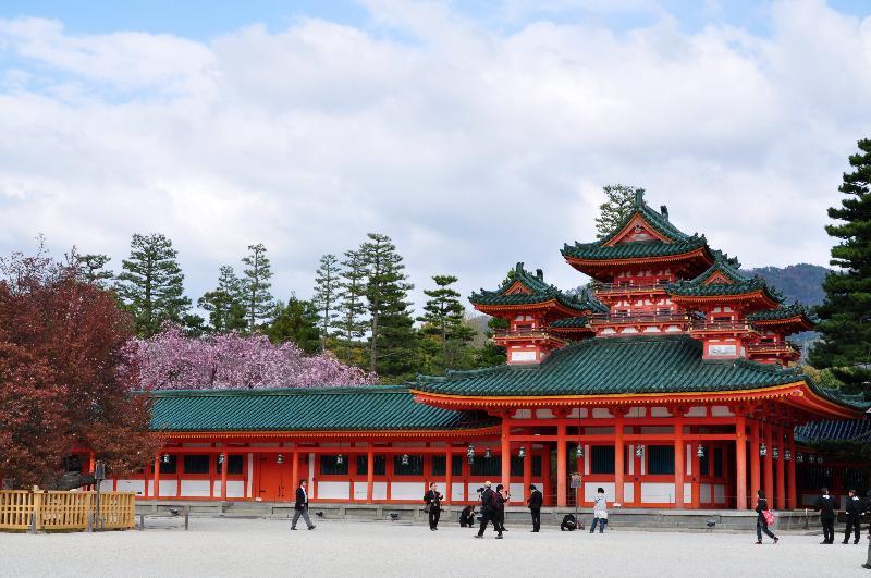 京都市 平安神宮 蒼龍楼