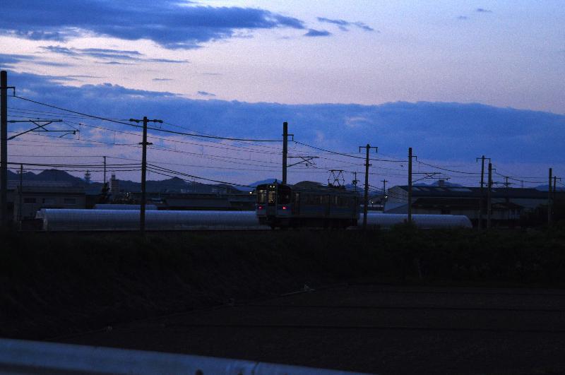 西条市 夕景 電車