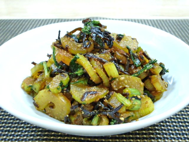セロリと塩昆布の簡単副菜♪ブログ