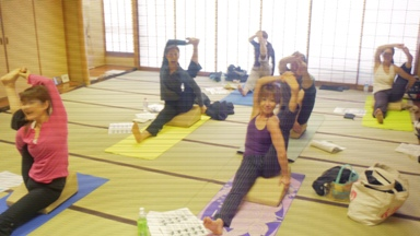 20100417Flexucshion x Yoga2