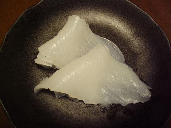 寿司だったら4個分くらいかな?