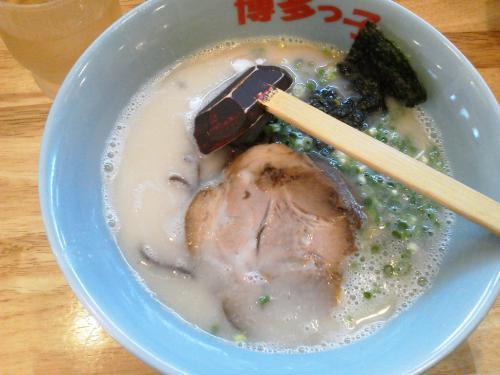20120728_長浜屋台ラーメン博多っ子本店-005