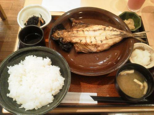 20120801_大戸屋橋本店-004