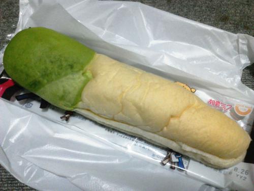 20120824_ネギみたいなパン-003