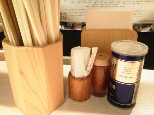 20120922_麺や七彩TOKYO味噌らーめん江戸甘-004