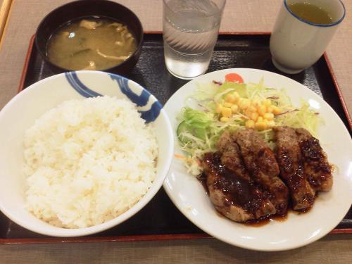 20121128_松屋上溝店-001