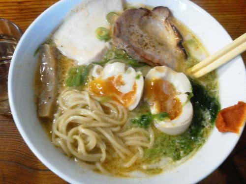 20121201_らぁ麺屋飯田商店-011