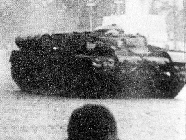 KV戦車の回収車