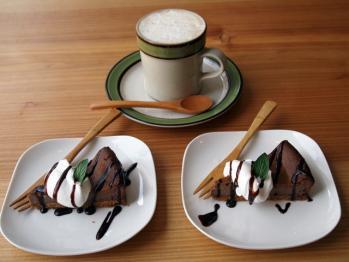 チョコチーズケーキ&たんぽぽラテ