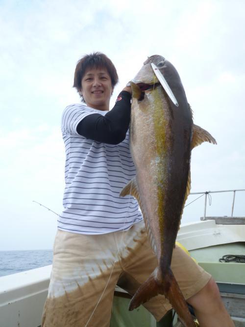 谷渕・カンパチ18kg