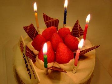 FLOのバースデーケーキ