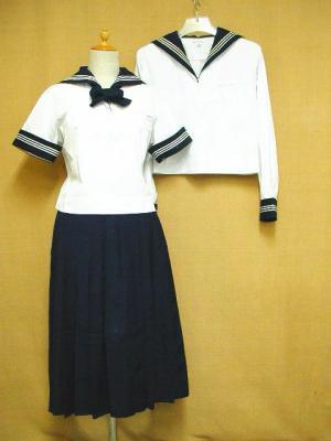 豊島岡女子高等学校の制服