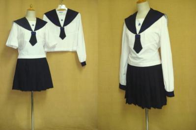 明徳義塾高等学校の夏制服