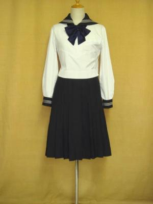 佼成学園女子高等学校の制服