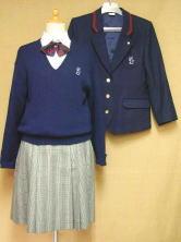 智辯学園高等学校の制服
